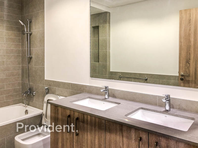 Apartment for Rent in  Town Square