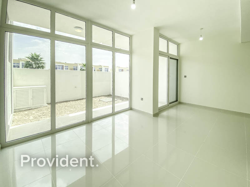 Townhouse for Rent in  Akoya