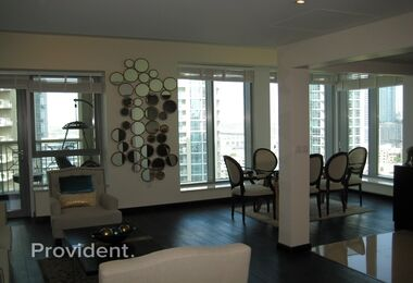 Upgraded|Fully Furnished 2Bed|Great view