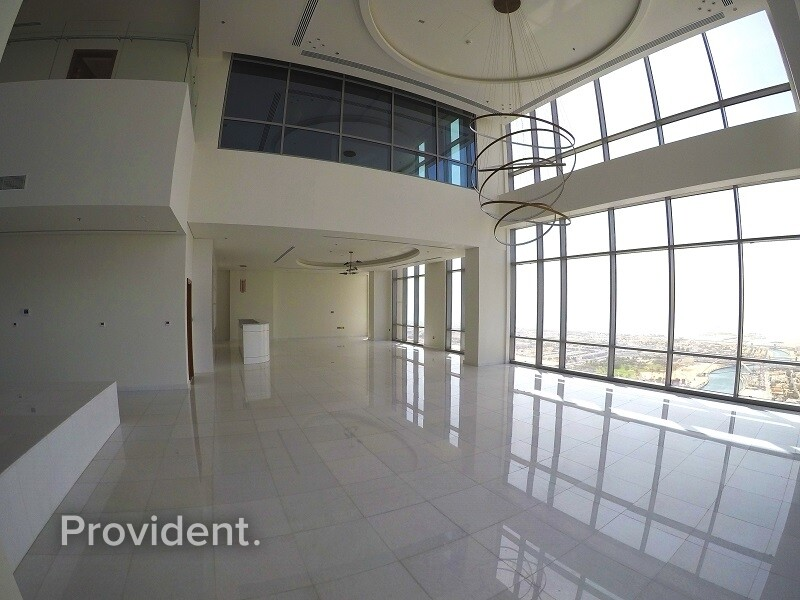 Penthouse for Rent in Business Bay