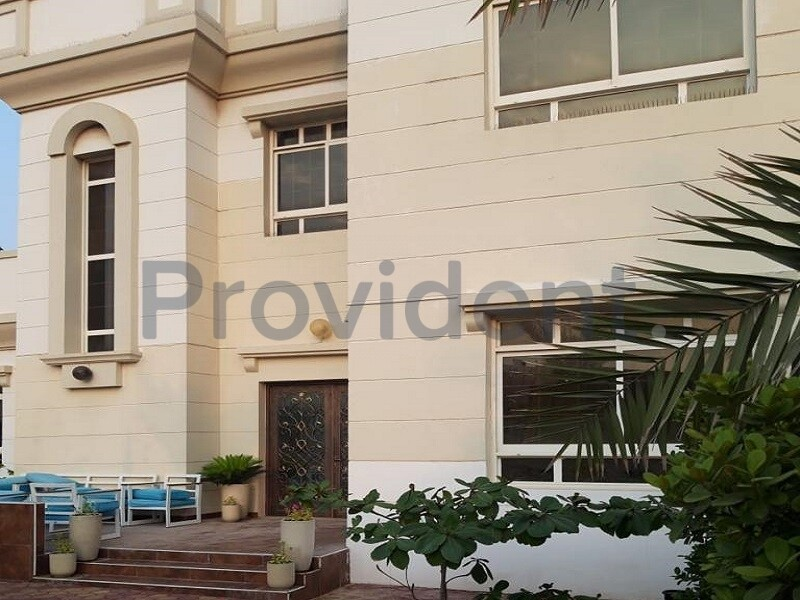 Commercial Villa for Rent in Umm Suqeim