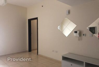 1BR|Kitchen Equipped|6 Cheques Accepted|