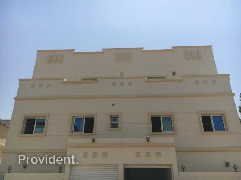 Staff Accommodation for Rent in  Satwa