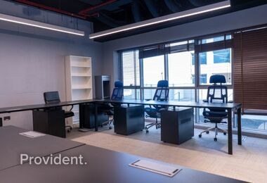 Huge Fully Fitted Office in Tameem House