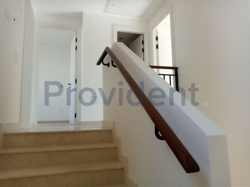 Townhouse for Rent in Town Square