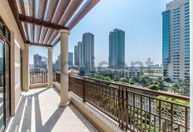 2 Beds | Full Canal View | Huge Balcony