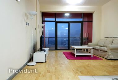 Exclusive! Impeccable Fully Furnished 1 Bedroom