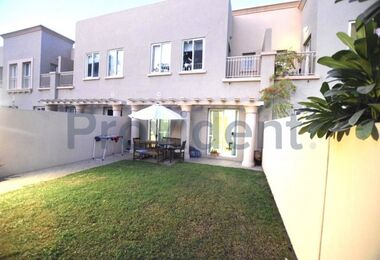 Exclusive 4M | Opposite to pool and park