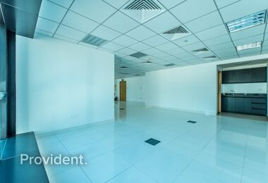 DMCC license | Stunning Fully Fitted Office