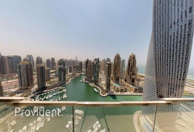 Marvellous 3BR Apt with Magnificent View of Marina