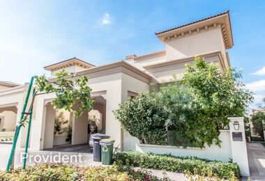 Palma 5 BR Villa, Unfurnished, Vacant Now