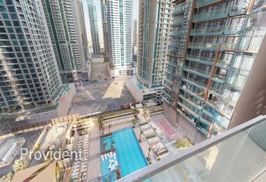 Cozy 1 B/R with Pool View | High-End Facilities