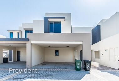 Newly Handed Over | Sun-drenched | Extra Large