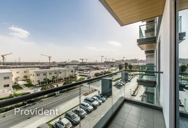 Immaculate 1bed in Sobha, Large Balcony