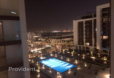High Floor with Partial Pool and Park View, Vacant