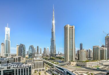 Burj Khalifa View | Fully Furnished and Serviced