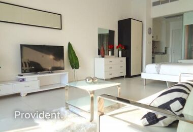 Furnished|Full Sea View|Top Floor|Very Spatious