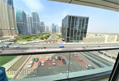Beautiful Fully Furnished In The Heart of JLT