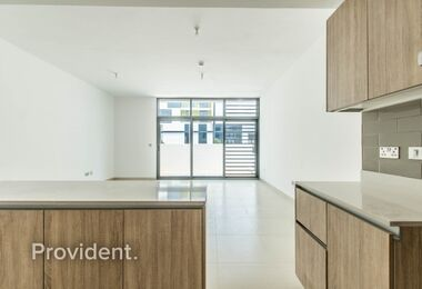 Modern Living | Vacant unit | Brand New