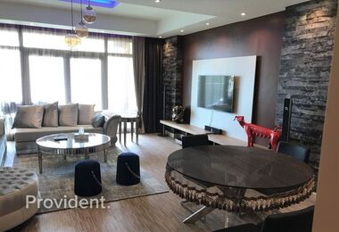 Largest 1Bed|Fully Furnished|Direct Beach Access