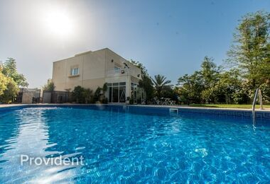 Upgraded Villa with Private Pool|Vacant & Bright