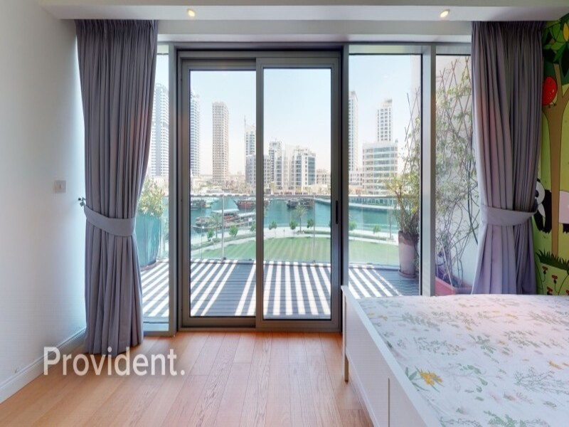 Villa for Rent in  Dubai Marina