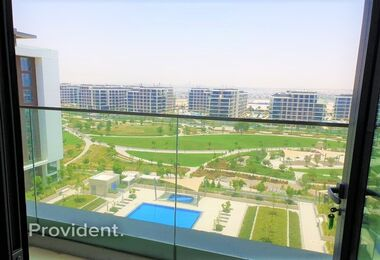 Ready to be viewed | Pool and Park Facing