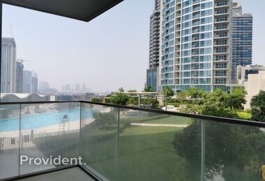 Pool and Garden View | Friendly Community