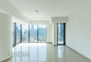 High Floor, Closed Kitchen, Panoramic Windows