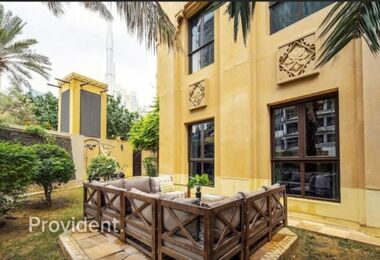 Fully furnished with Private Garden|Prime Location