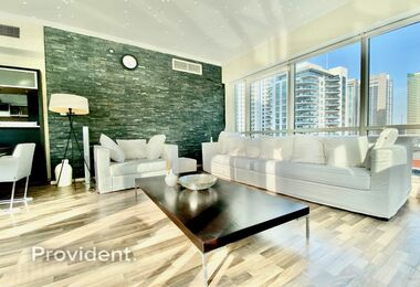 Stunning Bright 2 Bed with Marina View | Vacant