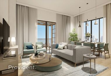 Seafront Living|Elegant Apt|High Quality
