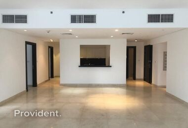 Best Price-Large 3BR+Maid+ Study with Huge Terrace