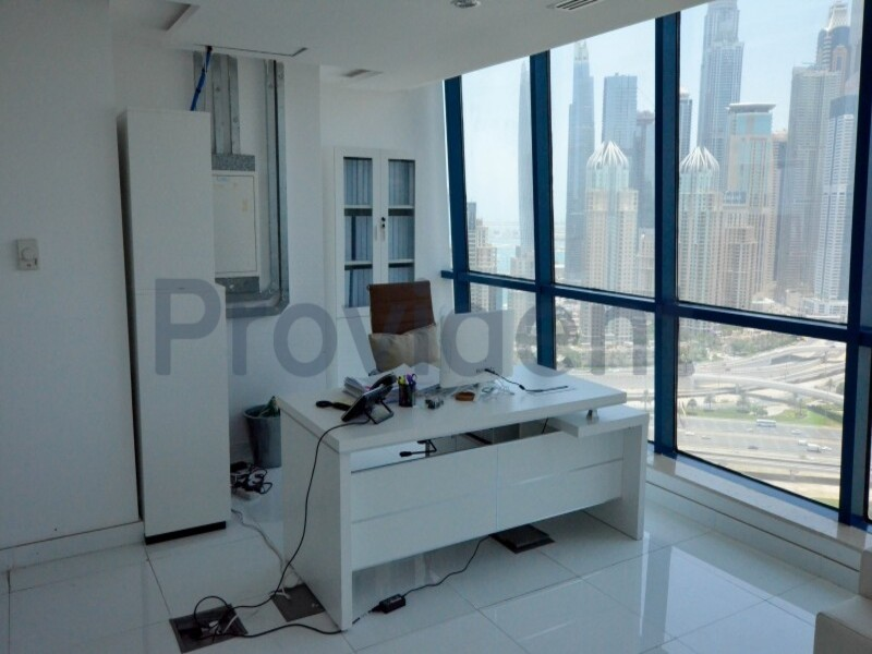 Office for Sale in  Jumeirah Lake Towers