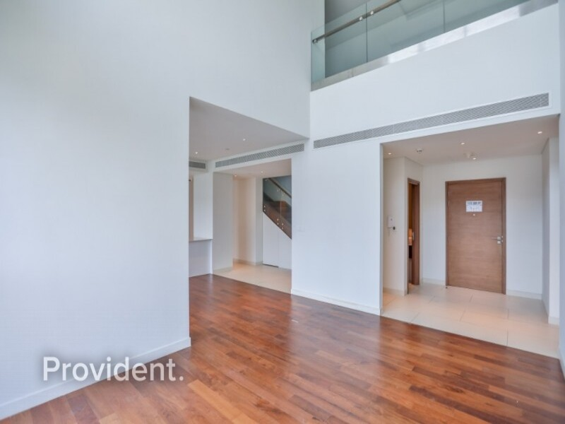 Loft Apartment for Sale in  City Walk
