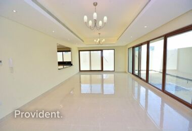 Brand New 4 bedrooms | Extra Large Townhouse