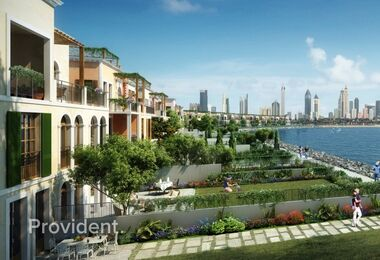 Waterfront Living – 4 Bed Luxury Townhouse