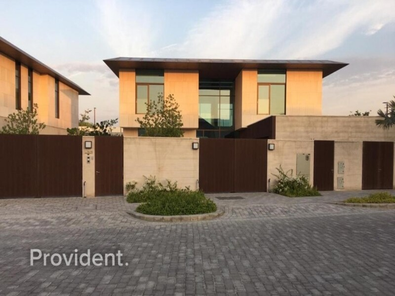 Villa for Sale in  Jumeirah