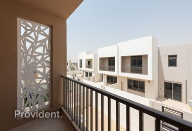 Exclusive|Quality Finished with Maid's Room|Vacant