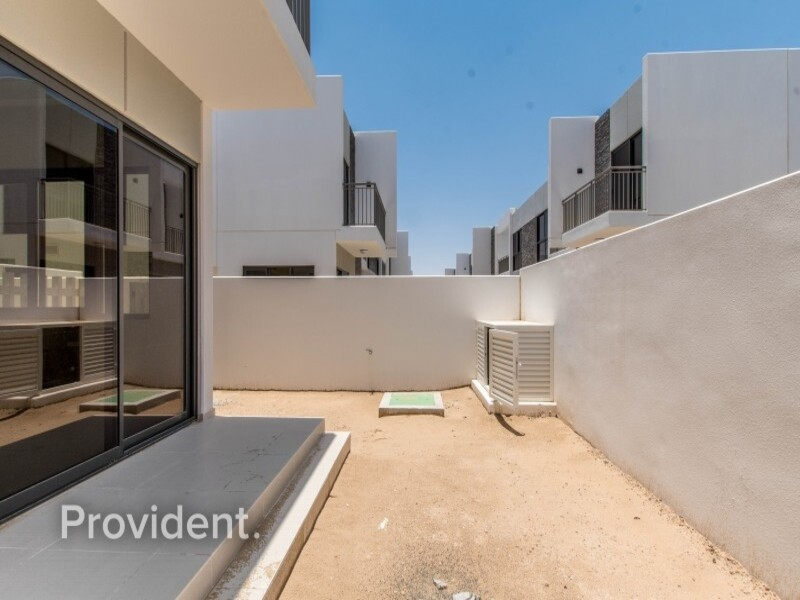 Townhouse for Sale in  Akoya Oxygen