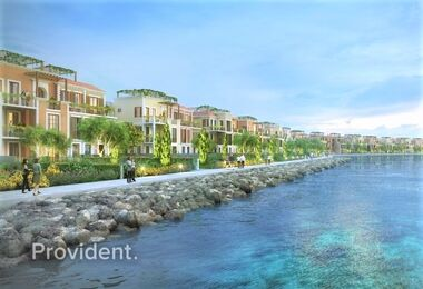 Exclusive Townhouse in Lamer   Sea Facing
