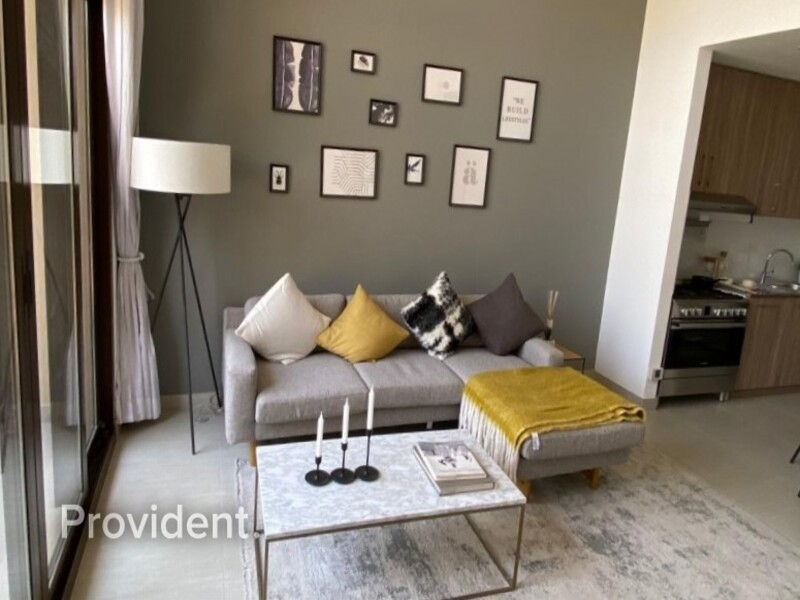 Apartment for Sale in Town Square