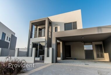 Post-handover | Park facing | 4 beds | Corner unit