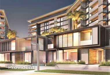 Luxurious waterfront living | Elegantly Designed
