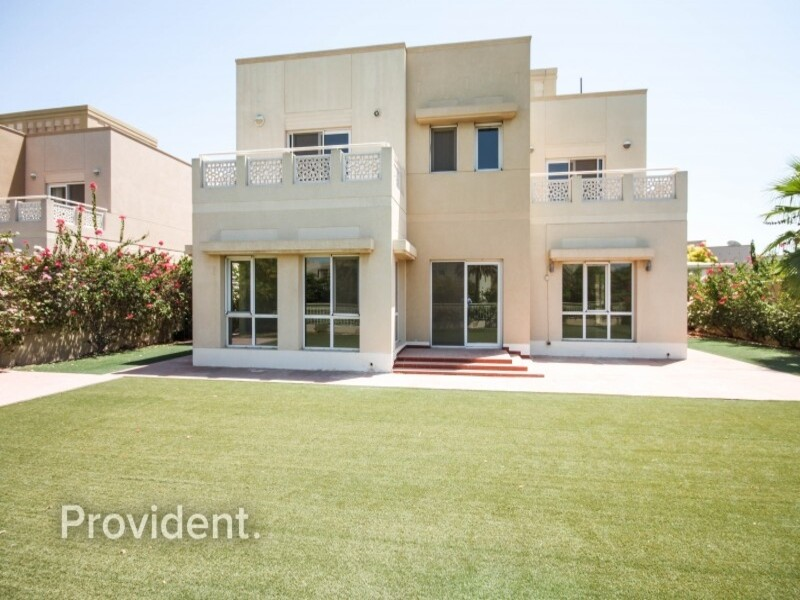 Villa for Sale in  Meadows