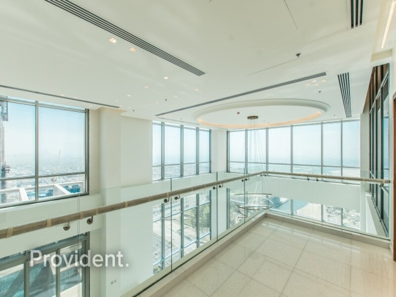 Penthouse for Sale in  Business Bay