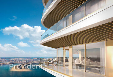 Luxurious Penthouse with Panoramic Sea View