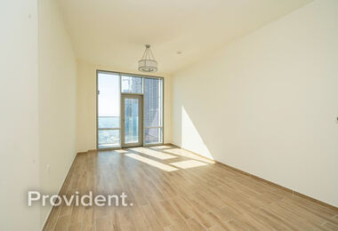 Spacious 2 BR / Ready To Move In / Payment Plan