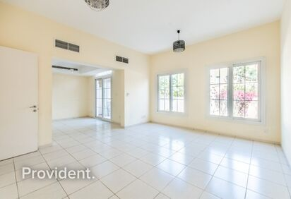 Villa for Rent in Springs