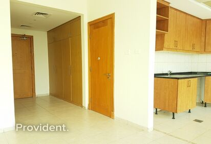 Apartment for Rent in Discovery Gardens